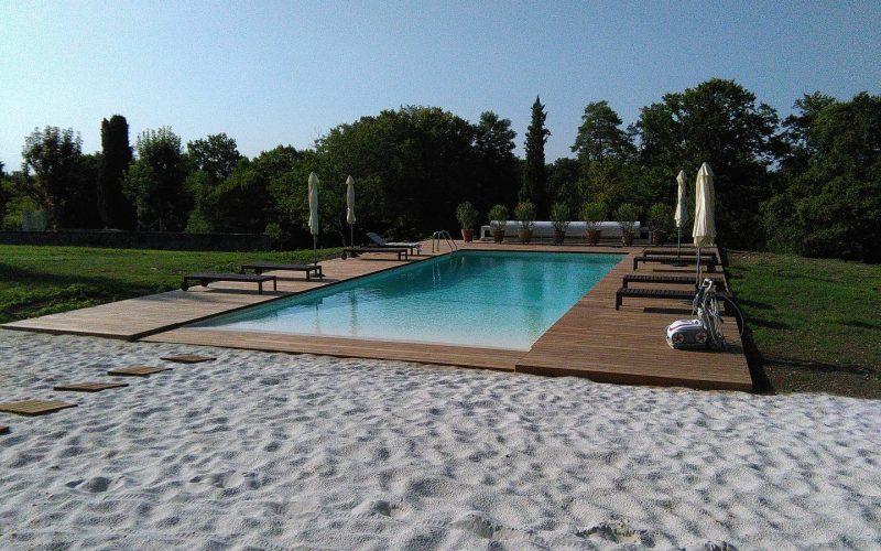 Piscines b ton aps piscines for Equipement piscine beton